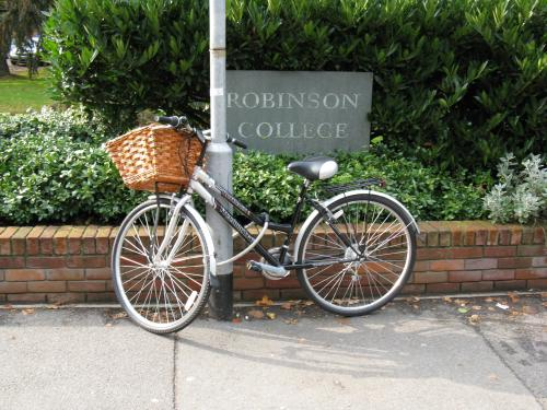 bike with robinson sign